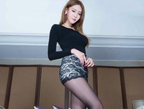 大长腿超短裙性感美女写真  黑丝配高跟鞋太撩人