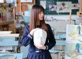 清纯刘海美少女学生妹甜美写真图片   让人看了心