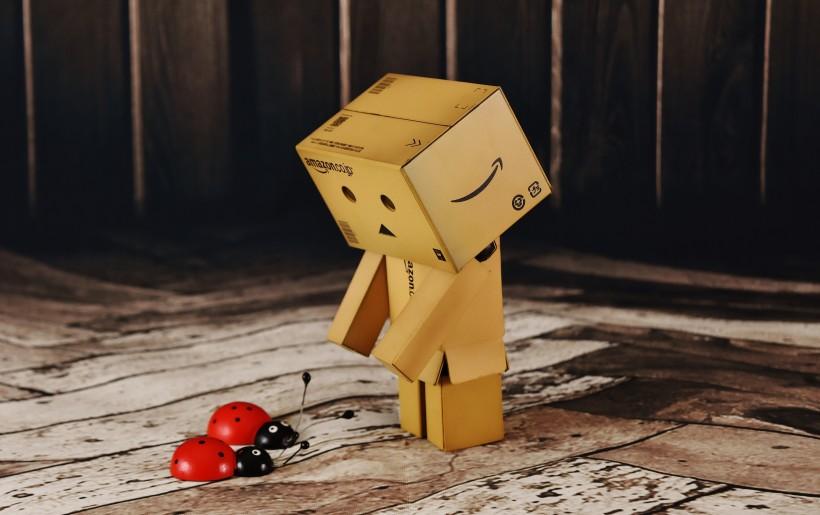 萌萌哒纸箱人图片 总是透露着纯真可爱的气息